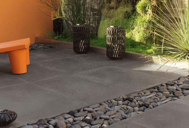 revetement terrasse beton cir le bton imprim entre rsistance u lgance with revetement terrasse. Black Bedroom Furniture Sets. Home Design Ideas