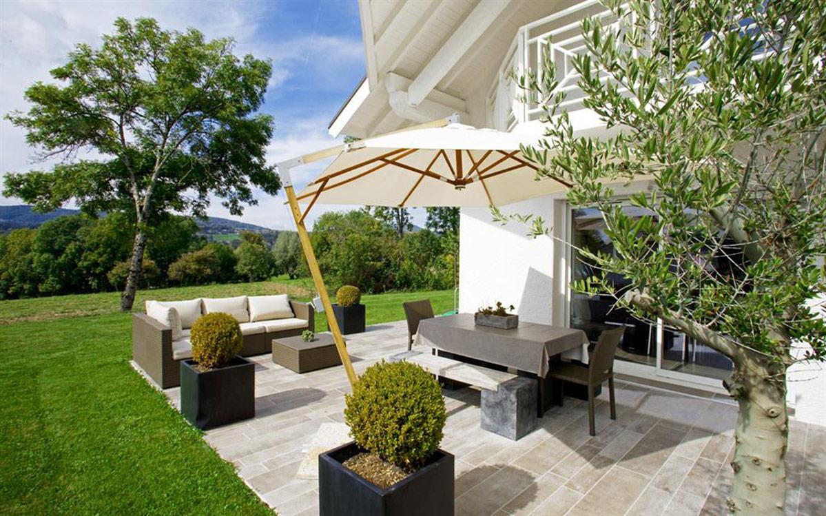 design campagnard pour cette terrasse