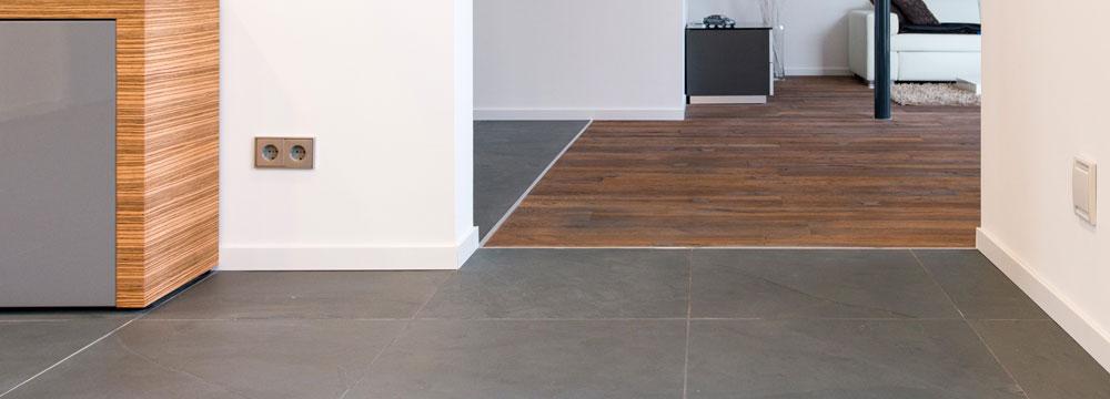 carrelage design carrelage garage antid rapant moderne design pour carrelage de sol et. Black Bedroom Furniture Sets. Home Design Ideas