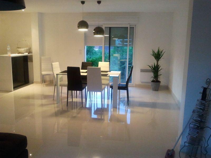 carrelage gr s c rame porcelain poli mod le isambres taille 300 x 600. Black Bedroom Furniture Sets. Home Design Ideas